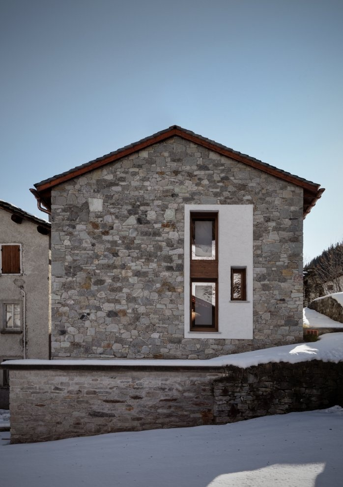 Casa Up  Madesimo, Italy     A project by: es arch