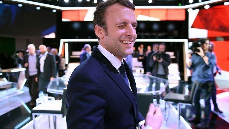 Jugée élogieuse à l'égard de Macron, une vidéo de France Info clouée au pilori sur Facebook  MEDIAS MERDE MEDIAS MENSONGES