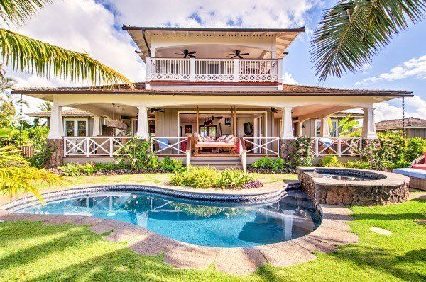 8 Dreamy Coastal Listings That Indicate The Real Estate Market Is Back Tropical Beach Houses Beach House Design Beach House Exterior