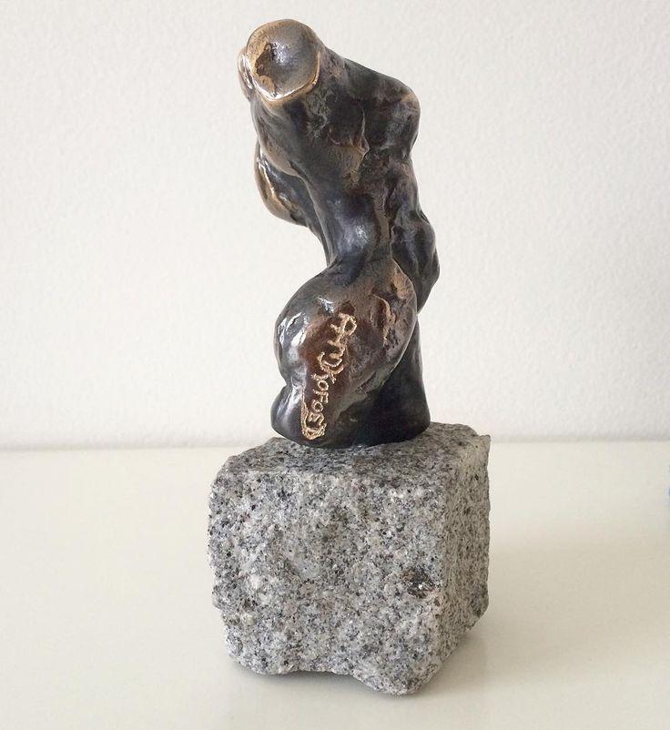 """""""Mini torso"""" Patineret og håndsigneret bronze på brosten. Copyright by  www.anne-mette.com  #signeret #signed #bronze #torso #kvinde #modernekunst #kunst #kunstwerk #bronzedbeauty #bronzefigure #fineart #danishart #contemporaryartist #classiclook #classic #woman #kvinde #femme #naked #nøgen #artistoninstagram #art #sculpture #pinterest #www.anne-Mette #emailtoorder #kunst@anne-mette.com"""