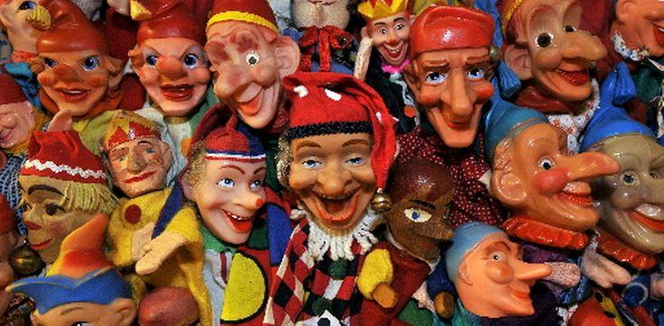 Zootje oude poppenkastpoppen 📌 handpoppen Kasperle Puppen handdolls puppets