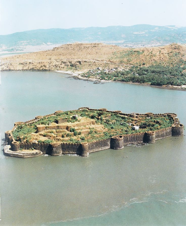 Murud-Janjira Fort situated on a rock of oval shape near the port town of Murad, 165 kms south of Mumbai, India. The fort can be approached by sailboats from Rajapuri Jetty.
