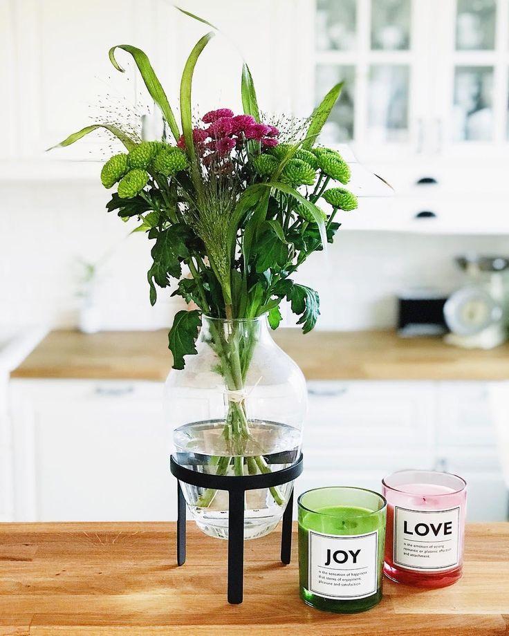 517 besten blumen vasen bilder auf pinterest. Black Bedroom Furniture Sets. Home Design Ideas