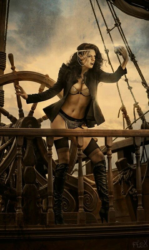 naked women and pirates