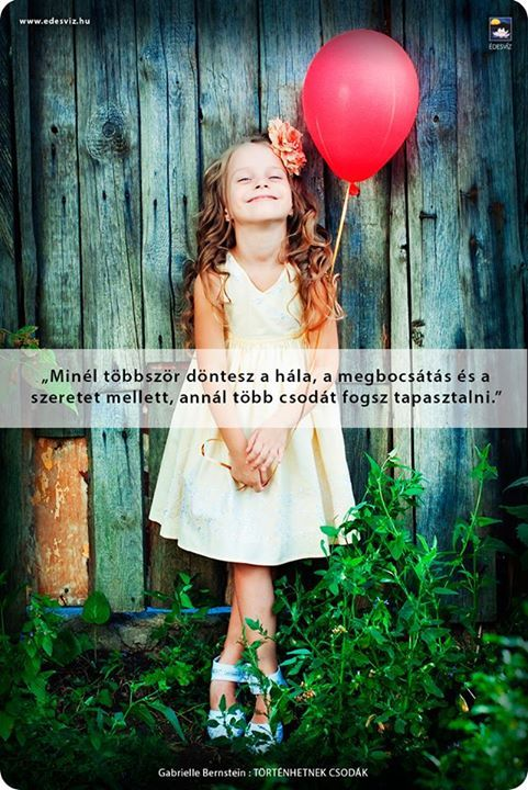 Gabrielle Bernstein gondolata a szeretetről. A kép forrása: Édesvíz Kiadó és Könyvesbolt