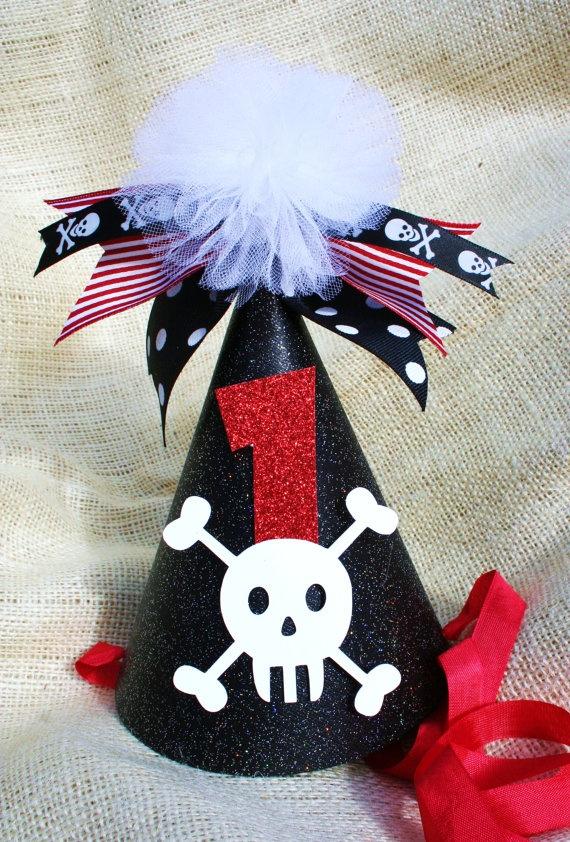 El detallePirates Birthday Parties, Birthday Girls, Birthday Hats, Pirate Birthday Parties, Birthday Parties Hats, 3Rd Birthday