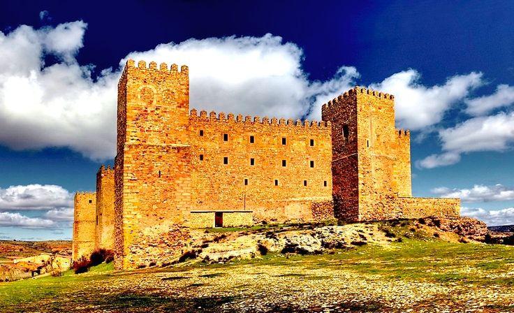 Castillo de Sigüenza - Guadalajara, Spain (repinned by @Itinerum Tours) #Sigüenza