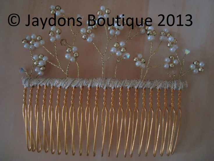 Pretty Hair Comb with Genuine Swarovski Crystals x