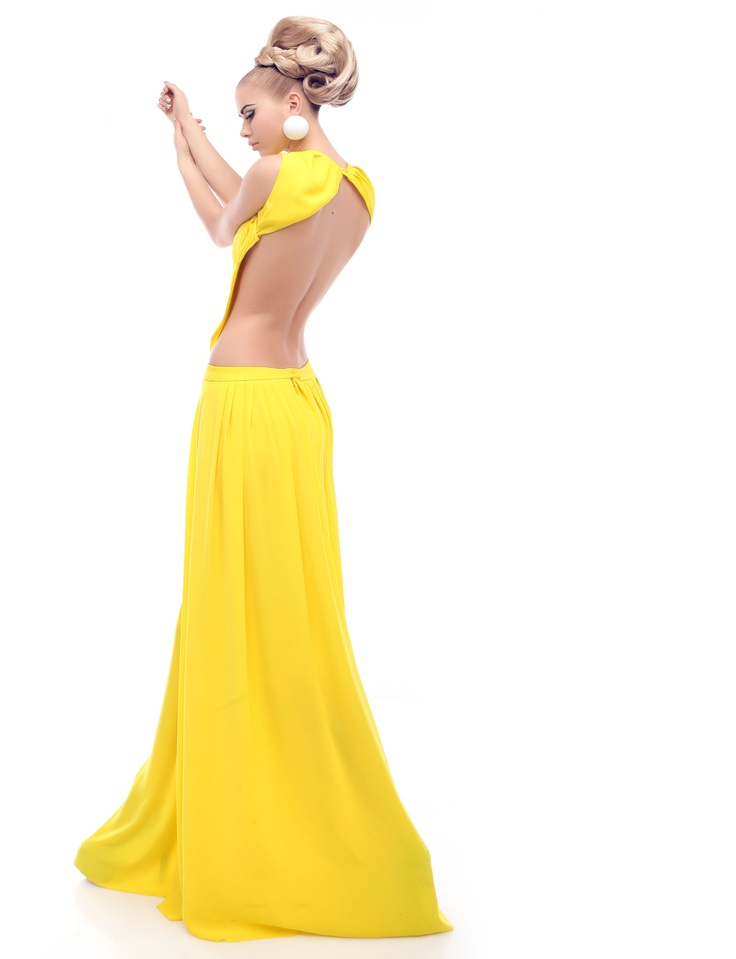 low, sexy openback long dress.  http://shop.mangano.com/en/  #ceremony #luxury #apparel #clothing #woman #yellow #mangano