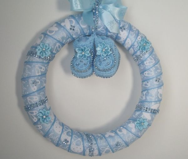 """Baby Shower Wreath Instructions: """"frilly"""" Baby Werath"""