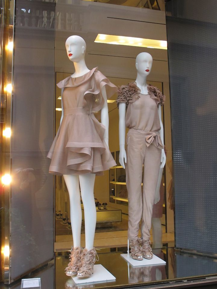 Valentino windows, Milan visual merchandising