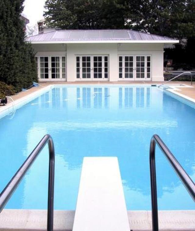 White House Outdoor Pool