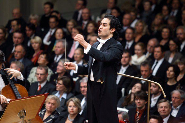 A #Sanremo 2014 #DiegoMatheuz dirigerà l'Orchestra del Teatro La Fenice