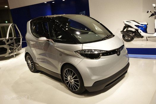 Small electric cars are so cool they are hot