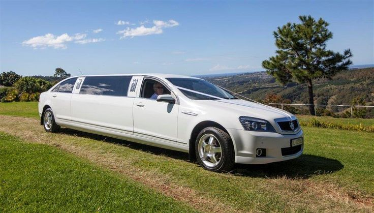 Limoso - White Stretch Holden Caprice