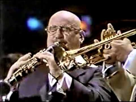 ▶ Pete Fountain and Al Hirt encore finale at Wolf Trap 1979 - YouTube