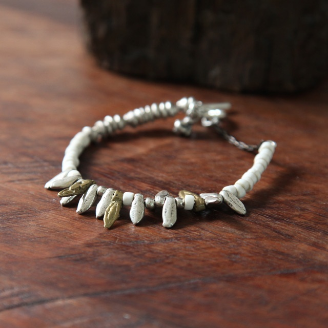 white beads: Les Objets, White Beads
