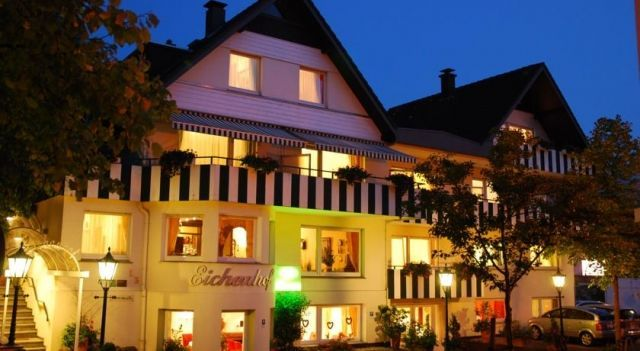 Antik-Hotel EICHENHOF - 3 Star #Hotel - $77 - #Hotels #Germany #BadSalzuflen http://www.justigo.org/hotels/germany/bad-salzuflen/antik-eichenhof_215793.html