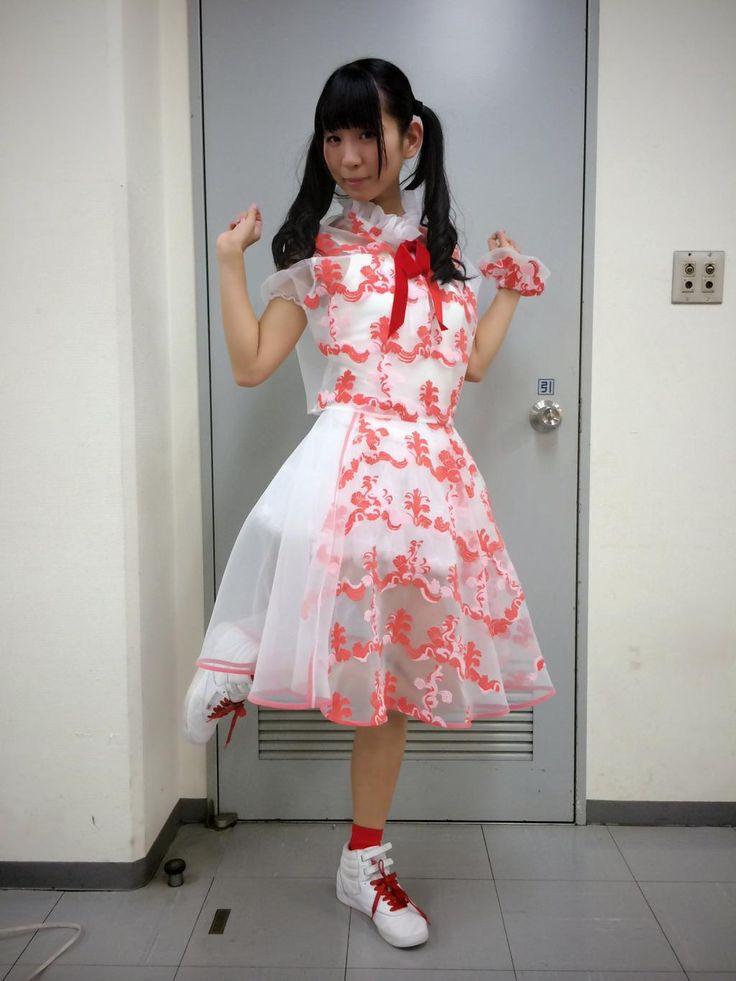 古川未鈴 Furukawa Mirin - Dempagumi.inc / でんぱ組.inc - red and white dress
