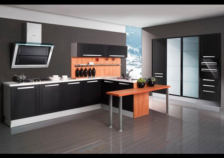 Casabella | Cocina laminada en negro con madrera PVC y gabinetes en vidrio esmerilado. Encuéntralo en: Casabella, Calle 109 Nº 14B–16 · Teléfono: +57 1 466 0015 · Bogotá, Colombia