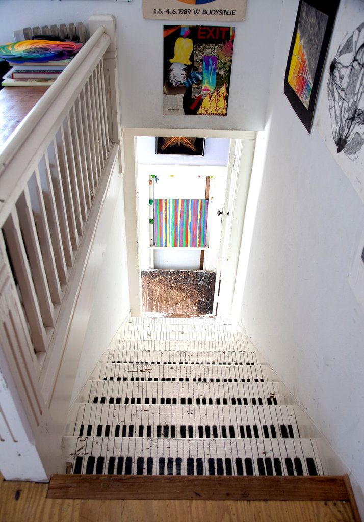 Piano staircase - Pink Palace in Austin