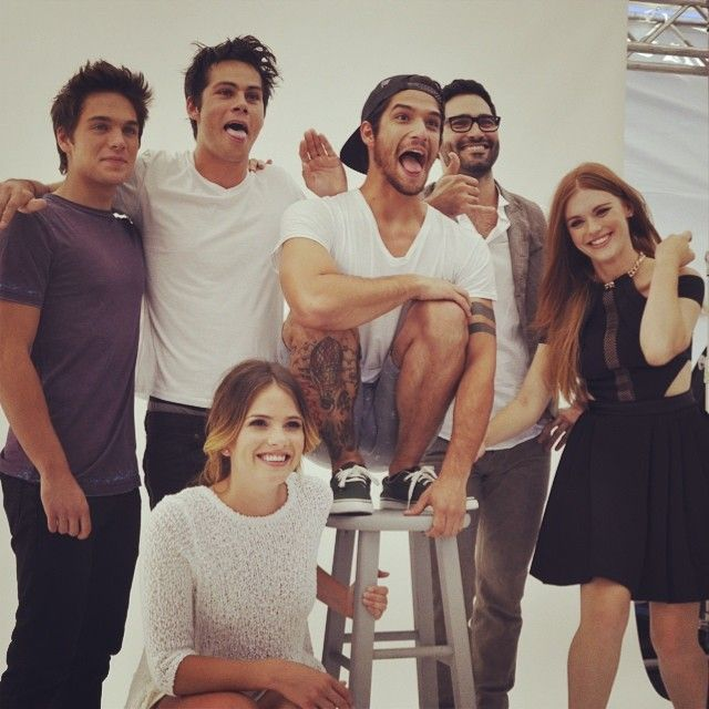 Dylan Sprayberry, Dylan O'Brien, Tyler Posey, Tyler Hoechlin, Holland Roden, and Shelley Hennig