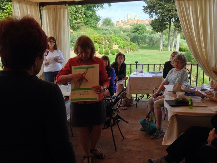 Watercolour art lesson today on our porch. These Canadians ladies are all lovely! We're very happy to have them here.  #Guardastelle #Tuscany www.guardastelle.com