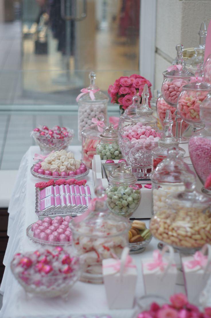 Quelques idée pour décorer votre Candy-bar #Rose#Candy-bar#Pink#bombons#bouteille#bonbonnières http://www.instemporel.com/s/30068_bouteilles-bonbonnieres