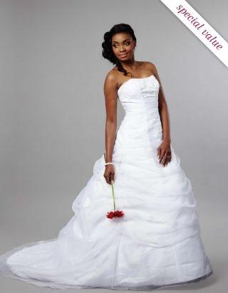 Wedding :: Bridal Collection :: Bride Collection :: wedding dress – L9479 -