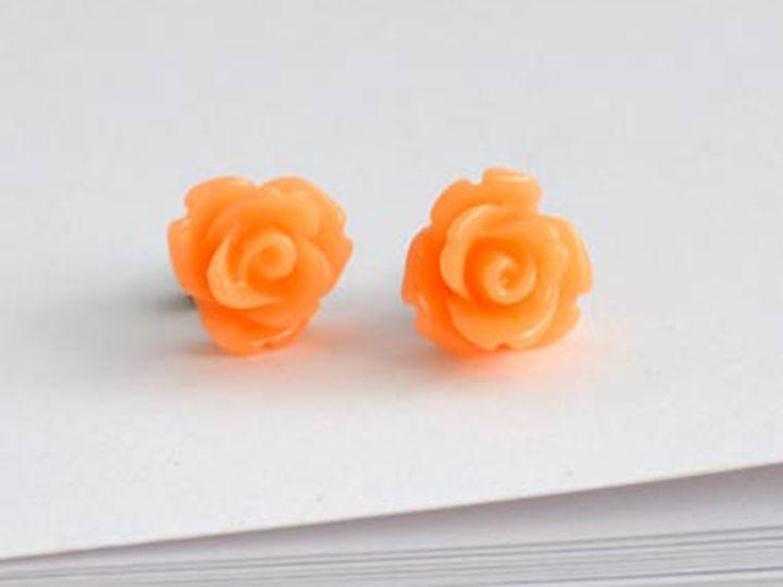 Rose stud - peach   Felt