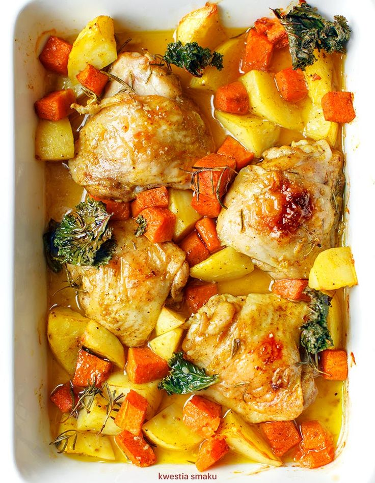 Pieczone udka curry z dynią i ziemniakami