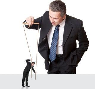 Günümüzde hemen hemen herkes yönetici olmak istemektedir ancak pek az kişi yöneticilik eğitimi alarak bu idealini gerçekleştirmeye çalışmaktadır. Yönetici olabilmek için öncelikle iyi bir yöneticilik eğitimi almış olmak gerekmektedir. Bu tür bir yöneticilik eğitimi alınmadan yöneticilik yapmaya kalkmak boşa çaba olacaktır.