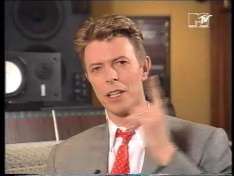 David Bowie 1993... talks about some of his video clips, entertaining br...