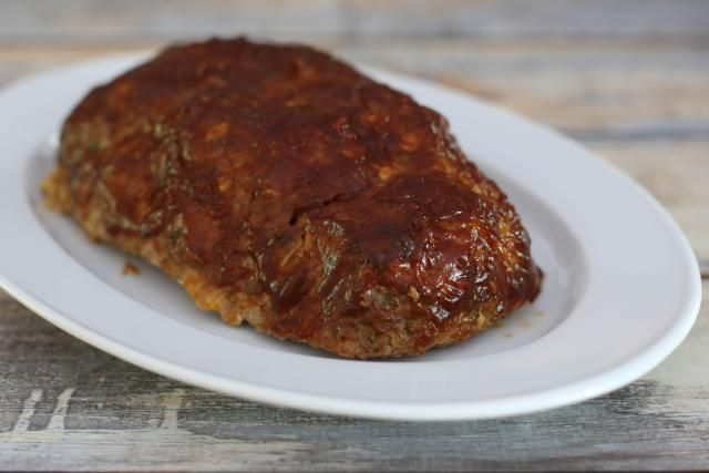 Vegetables and classic meatloaf flavors highlight this ground turkey and beef combination.Feel free to use barbecue sauce or chili sauce to top the loaf.