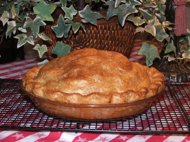 Kelly's Country-style Fresh Pear Pie