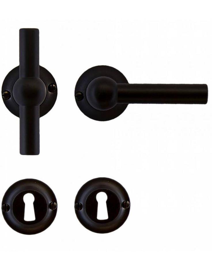 Zwarte deurklink Petra NM T+L met sleutelplaatjes voor standaard slot - Deurklinkenshop