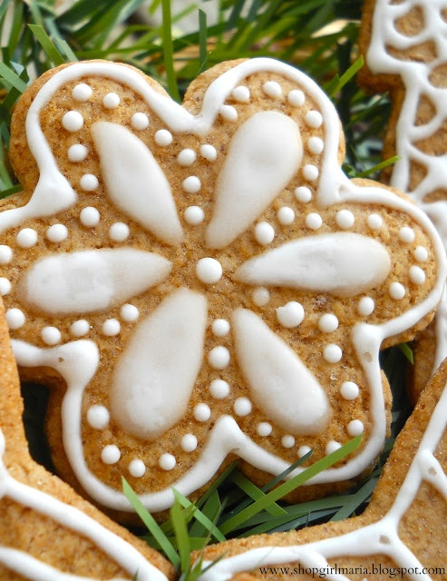 Shopgirl: Traditional Czech Christmas Gingerbread Cookies