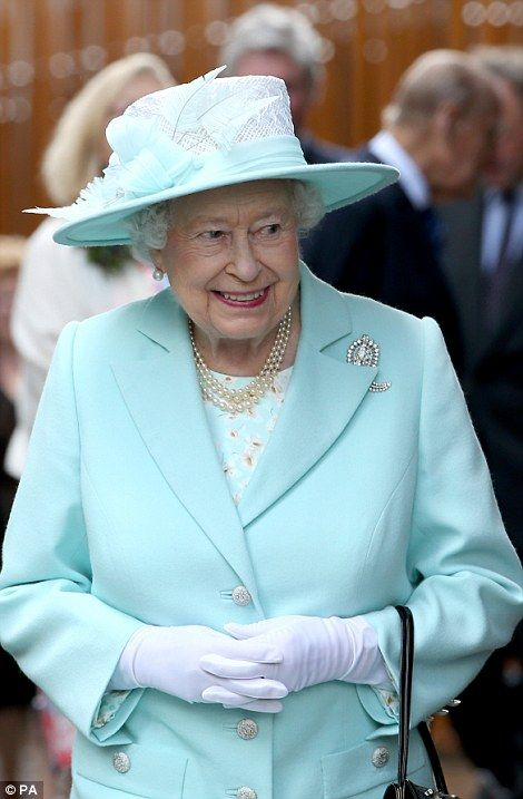 The Queen called upon political leaders toremind political leaders  to make 'room for quiet thinking and contemplation'