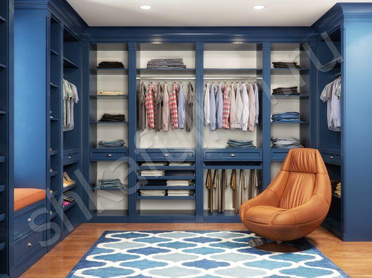 Синий цвет в интерьере выбирают смелые и решительные люди. Благодаря его оттенкам, можно зрительно уменьшать или увеличивать пространство. Если комната слишком просторна, глубокий синий способен сузить ее и сделать более уютной и домашней. Маленькую же комнату можно расширить, если окрасить стены в светлый лазурный оттенок. Синий цвет широко используются, как в романтичных классических, так и в современных технологичных стилях интерьера. Он также необходим, чтобы создать средиземноморский…