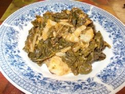 Morogo is a tasty south African dish of steamed spinach, served with other vegetables or starches like tomatoes, onions, potatoes, porridge and more!