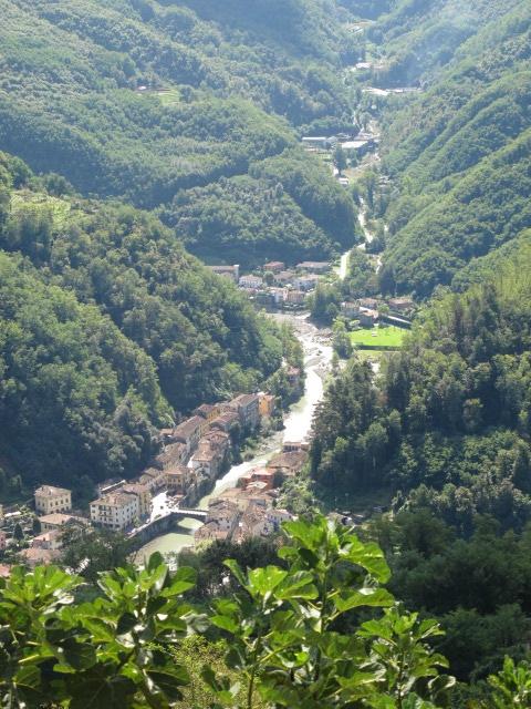 ღღ Lima river, Bagni Di Lucca, Italy