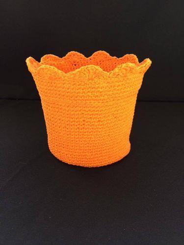 Cubre maceta tejido en ganchillo crochet de www.lafabricadecucadas.com