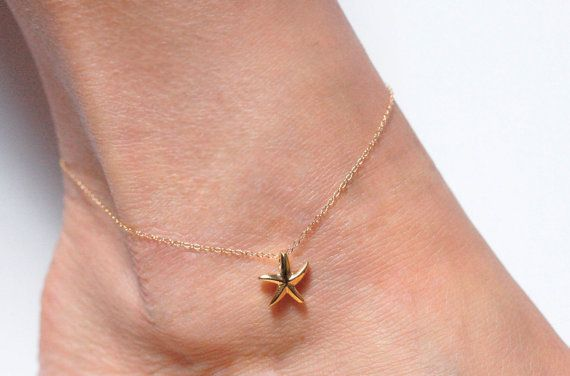 Cute star anklet, perfect to wear to the beach or to the swimming pool.  ★Product details Material: sterling silver, 14k yellow/rose gold filled Size: 9/10/11 inches (Standard size is 10 inches.)  ★Procedure information Please select the material and your size from the drop-down menu on the right side of the listing. If you have any special requests or questions, please do not hesitate to contact us before purchase.  ★Shipping information The item will be gift wrapped and shipp...