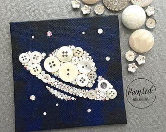 Luna y las estrellas botón arte pequeño por PaintedWithButtons