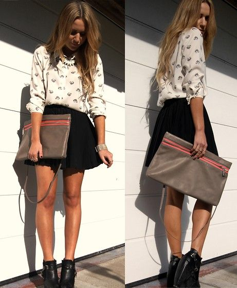 Oversized Clutch (by Nicola Kirkbride) http://lookbook.nu/look/3181177-Oversized-Clutch