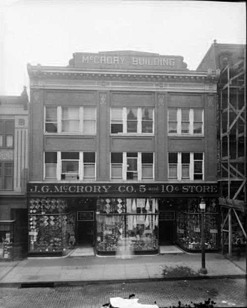 J. G. McCrory Co. 209 West Lexington Street, Baltimore, Maryland. ca. 1920.  Hughes Company, 8 x 10 inch glass negative, Baltimore City Life Museum Collection, Maryland Historical Society  MC6865.