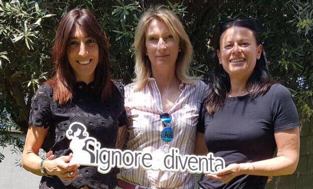 Compra una vocale da Elena, Lella e Francesca