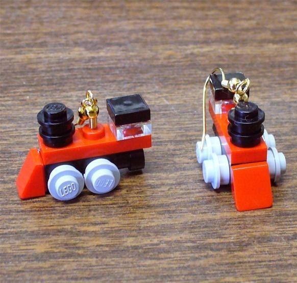 Awesome tiny tiny LEGO train