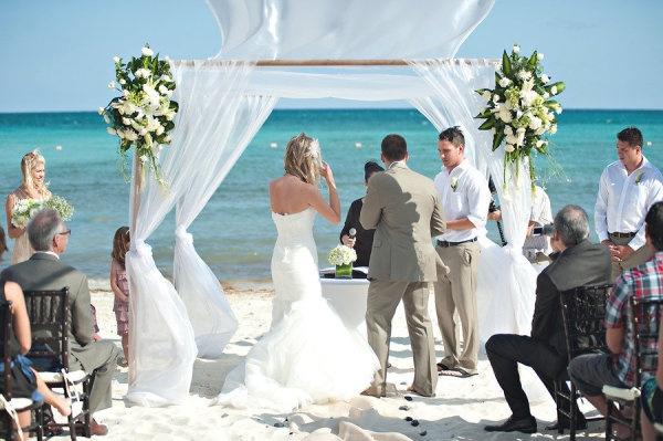 style me pretty - real wedding - mexico - puerto morelos wedding - now jade riviera cancun - bride & groom - ceremony
