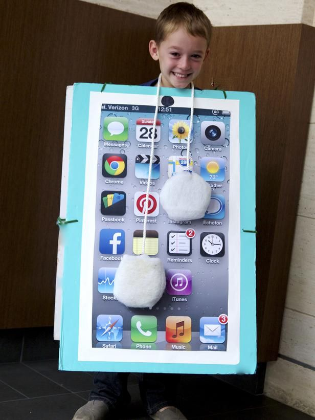 How to Make a Smart Phone Halloween Costume >> http://www.diynetwork.com/home-improvement/how-to-make-a-smart-phone-halloween-costume/pictures/index.html?soc=pinterest